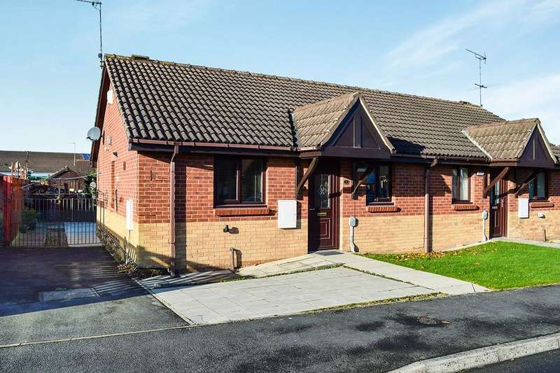 2 Bedrooms Semi Detached Bungalow for sale in Hotton Close, Hull, HU9