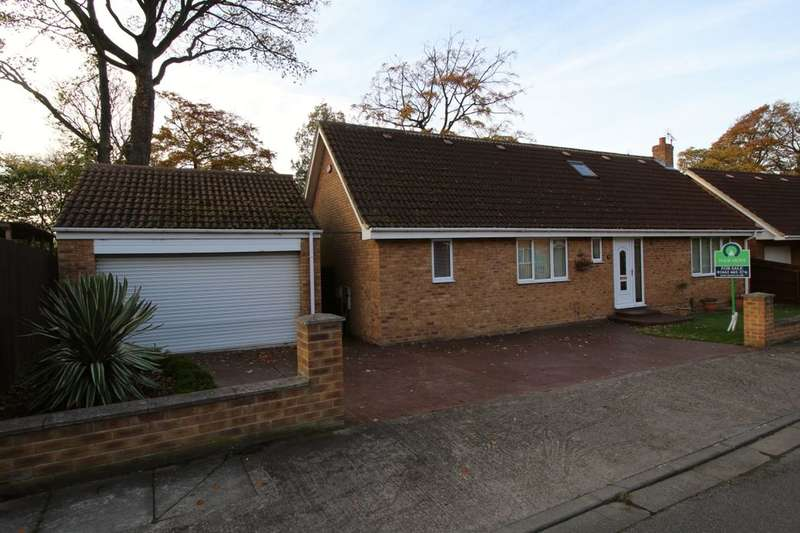 4 Bedrooms Detached Bungalow for sale in Cricket Lane, Middlesbrough, TS6