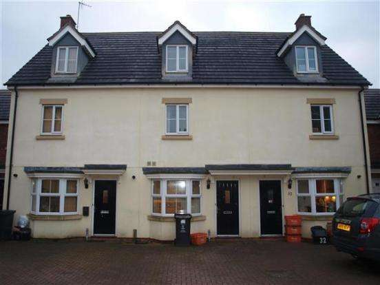 3 Bedrooms Terraced House for rent in Vistula Crescent, Haydon End, Swindon, Wiltshire, SN4 OFA