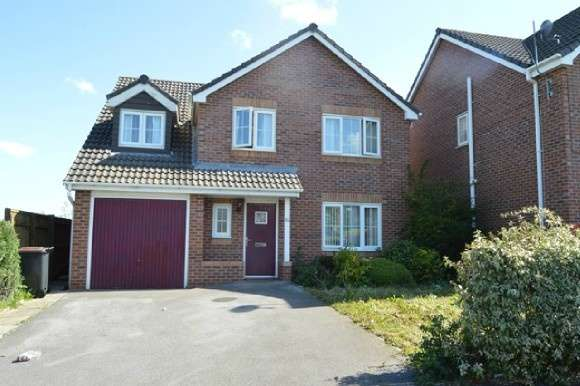 5 Bedrooms Detached House for rent in Galingale View, Near Keele, Newcastle-Under-Lyme