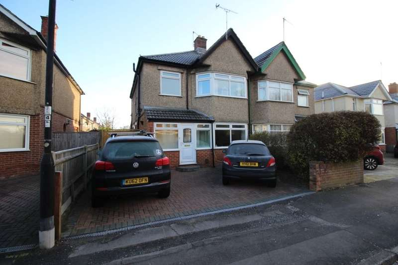 3 Bedrooms Semi Detached House for sale in Regents Park Road, Southampton, SO15