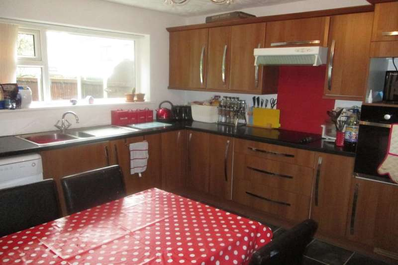 3 Bedrooms Property for sale in Fairhaven, Skelmersdale, WN8