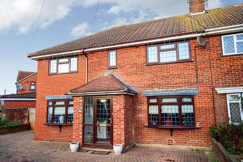 3 Bedrooms Semi Detached House for rent in Miskin Road, Hoo, Rochester, ME3