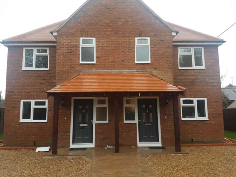 4 Bedrooms Semi Detached House for sale in Bird in Hand Lane, Sonning Common, RG4
