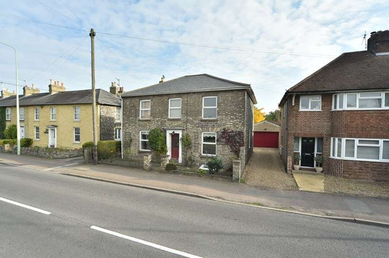 4 Bedrooms Detached House for sale in North Terrace, Mildenhall, Bury St. Edmunds