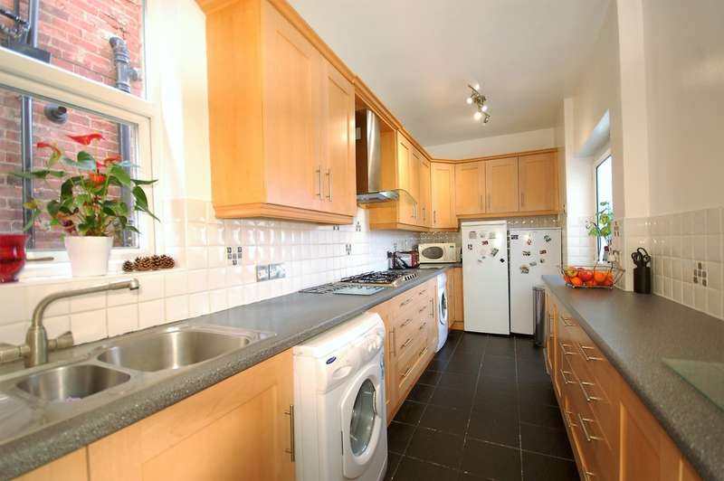 3 Bedrooms Semi Detached House for sale in Saville Road, Blackpool