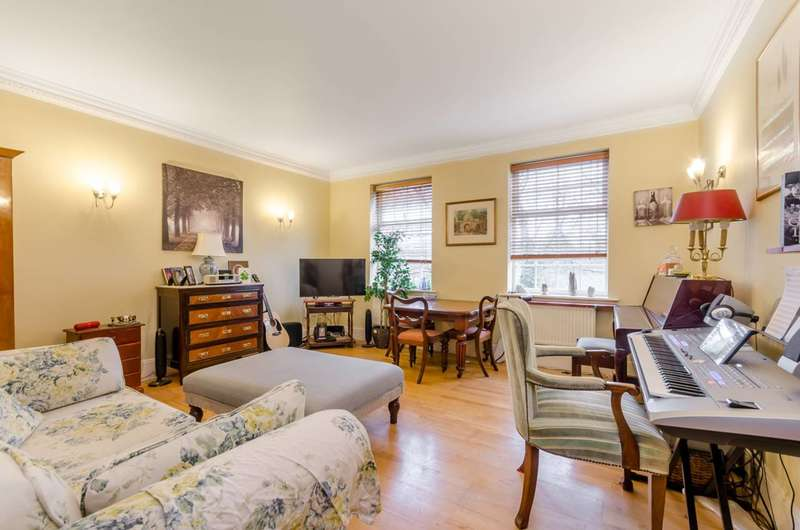 1 Bedroom Flat for sale in Balaclava Road, Surbiton, KT6