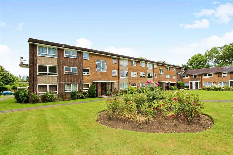 3 Bedrooms Apartment Flat for rent in Gleneagles, Stanmore