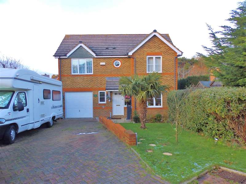 3 Bedrooms Detached House for sale in The Sedges, St Leonards on Sea
