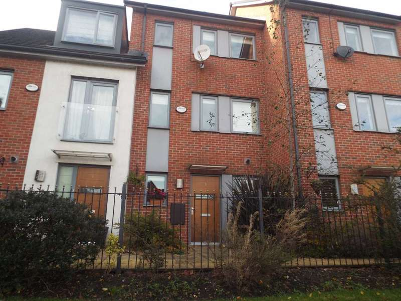 4 Bedrooms Town House for sale in Christie Lane, Salford