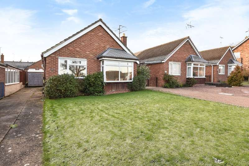 3 Bedrooms Detached Bungalow for sale in Churchdown Village