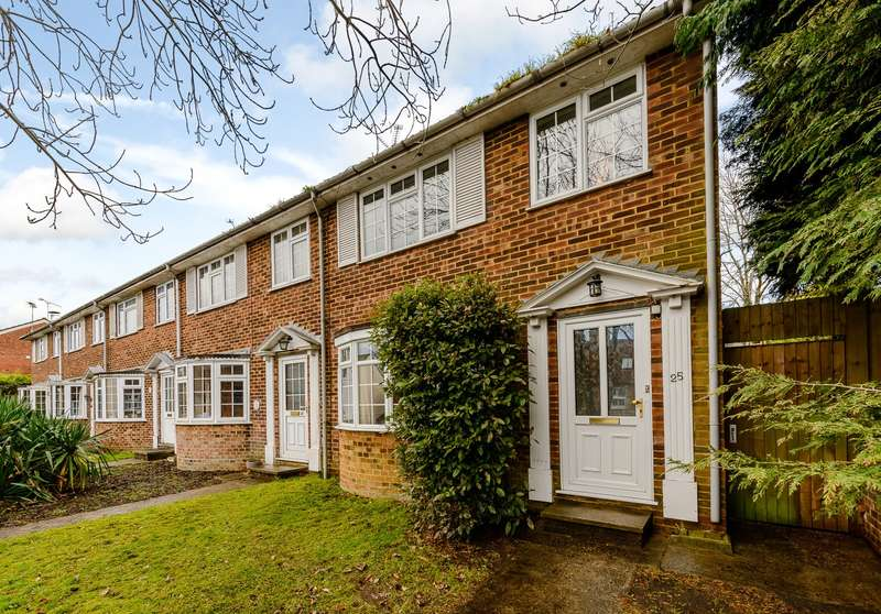 3 Bedrooms End Of Terrace House for sale in Farnham