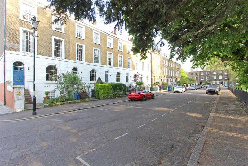 1 Bedroom Flat for sale in Addington Square, SE5 7LB