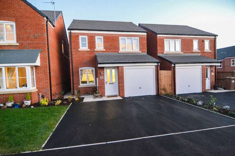 3 Bedrooms Detached House for sale in Paxman Close, Newton Le Willows