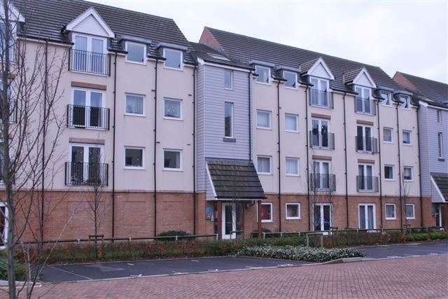 1 Bedroom Flat for sale in Graduate Court, Tudor Crescent, Cosham, Portsmouth, Hampshire, PO6 2BZ