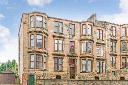 2 Bedrooms Flat for sale in Robertson Street, Greenock