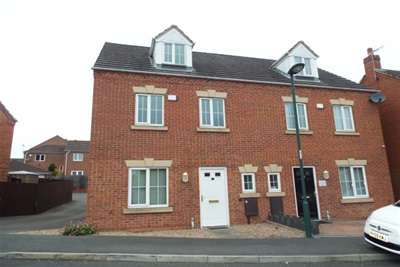 4 Bedrooms House for rent in Mardling Avenue, NG5