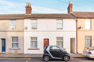 3 Bedrooms Terraced House for sale in Stone Street, Faversham