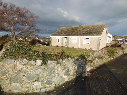 3 Bedrooms Bungalow for sale in Salem Street, Bryngwran, Holyhead, Sir Ynys Mon, LL65