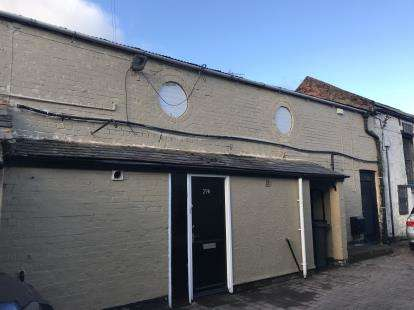 2 Bedrooms Flat for sale in London House Mews, Holywell, Flintshire, CH8
