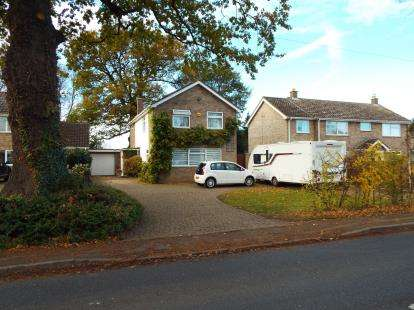3 Bedrooms Detached House for sale in Lavenham Road, Great Waldingfield, Sudbury
