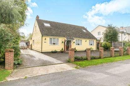 4 Bedrooms Bungalow for sale in Little Yeldham, Halstead