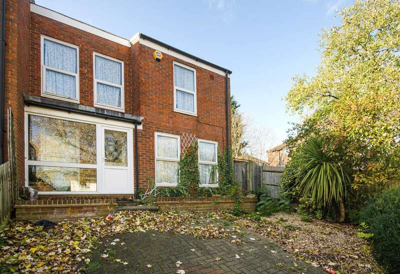 2 Bedrooms Terraced House for rent in Elms Lane, North Wembley, HA0