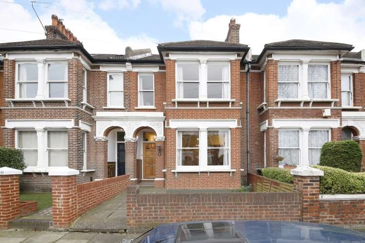 3 Bedrooms Terraced House for sale in Craigerne Road London SE3