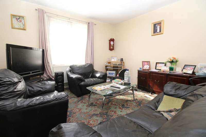 2 Bedrooms Flat for sale in Fairlawn Court Fairlawn, London, SE7