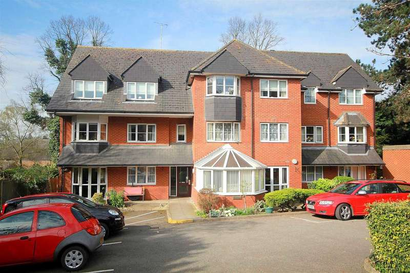 2 Bedrooms Apartment Flat for sale in WELL PRESENTED 2 BED 2ND FLOOR RETIREMENT APARTMENT in the OLD TOWN.