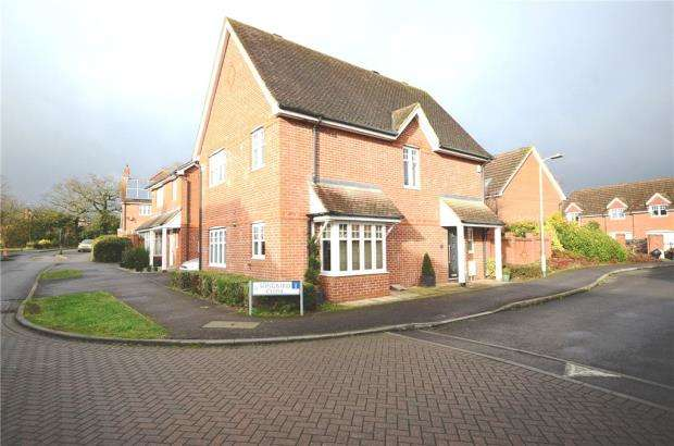 3 Bedrooms Detached House for sale in Songbird Close, Shinfield, Reading
