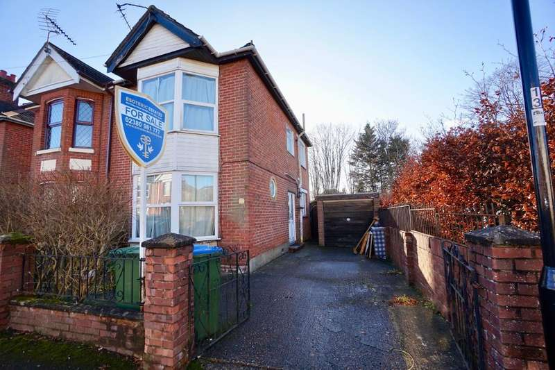 3 Bedrooms Semi Detached House for sale in Portchester Road, Woolston, Southampton, Hampshire, SO19 2JD