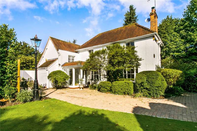 3 Bedrooms Detached House for sale in Cookham Dean Common, Cookham, Maidenhead, Berkshire, SL6