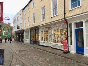 2 Bedrooms Flat for sale in Sun Street, Canterbury, Kent