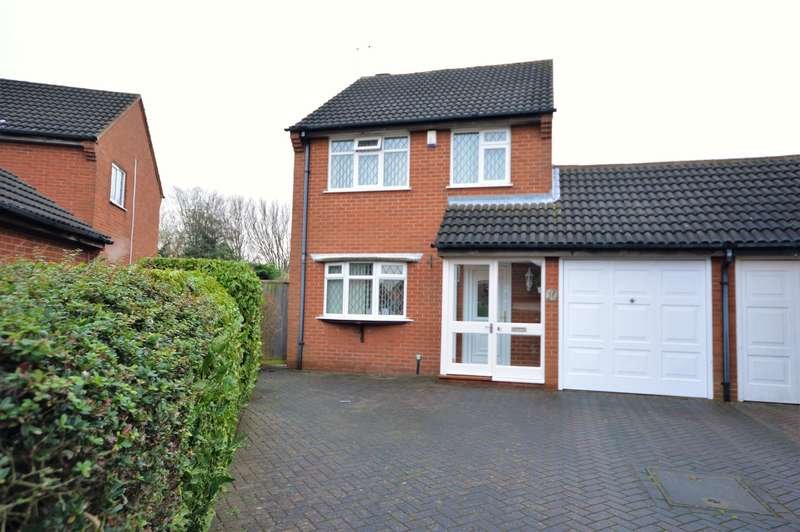 3 Bedrooms Detached House for sale in Mere Road, Wigston, LE18 3RJ