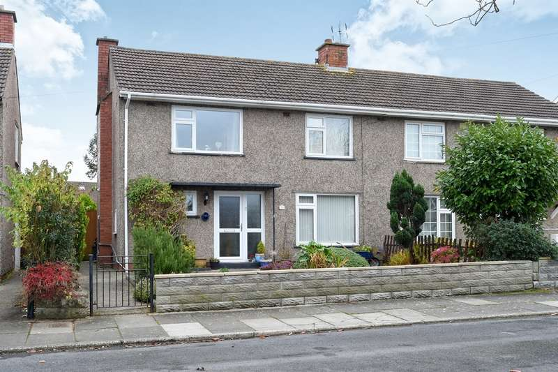 3 Bedrooms Semi Detached House for sale in Laburnum Way, Penarth