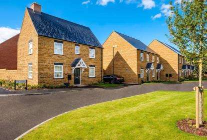 4 Bedrooms Detached House for sale in The Leyes, Deddington