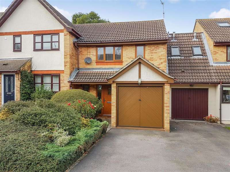 2 Bedrooms Terraced House for sale in Wheatear Place, , Billericay, Essex
