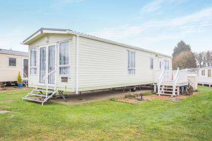 2 Bedrooms Mobile Home for sale in Breydon Waters, Butt Lane, Burgh Castle