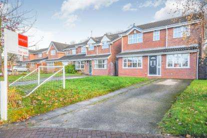 4 Bedrooms Detached House for sale in Littledale Road, Whittle Hall, Warrington, Cheshire