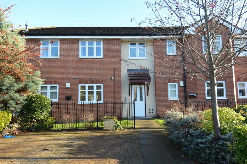 2 Bedrooms Flat for sale in Hollybank Road, Kings Heath , Birmingham, B13