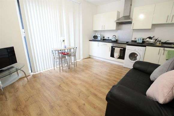 1 Bedroom Flat for sale in Tabley Street, Liverpool