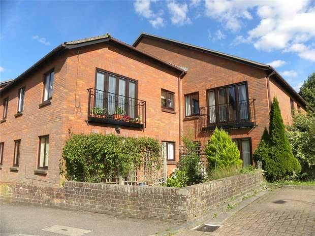 1 Bedroom Retirement Property for sale in St Augusta Court, Batchwood View, St Albans, Hertfordshire