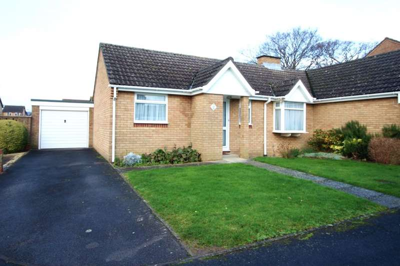 2 Bedrooms Semi Detached Bungalow for sale in Lichfield Road, Fareham, PO14