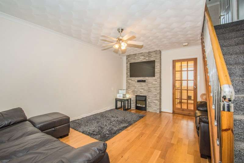 2 Bedrooms Terraced House for sale in Westbourne Court, Rumney, Cardiff