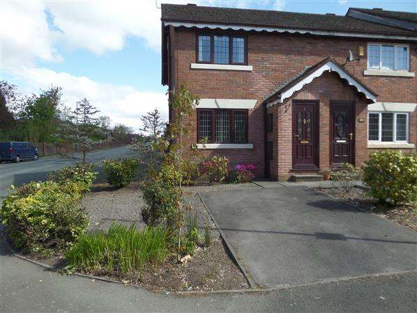 3 Bedrooms Town House for rent in Deanbrook Close, Manchester