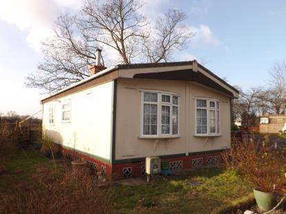 2 Bedrooms Mobile Home for sale in Station Hill, Curdridge, Southampton