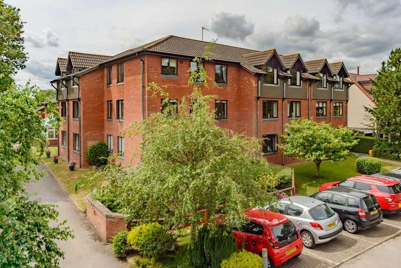 1 Bedroom Flat for sale in Oaklands Court, Kenilworth
