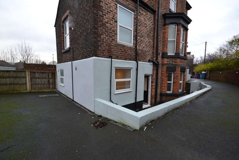 2 Bedrooms Flat for sale in Walton Park, Liverpool, L9