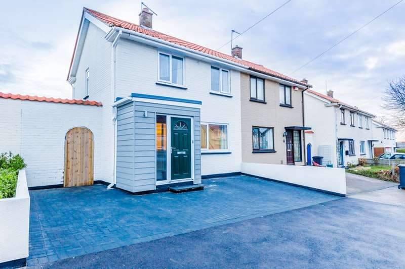 2 Bedrooms Semi Detached House for sale in St. Augustines Road, Deal, Kent, CT14
